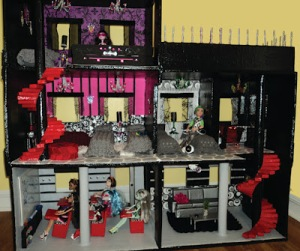 Monster High cardboard Doll House